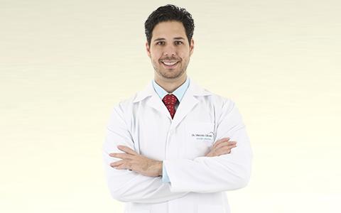 Dr. Marcelo Olivan
