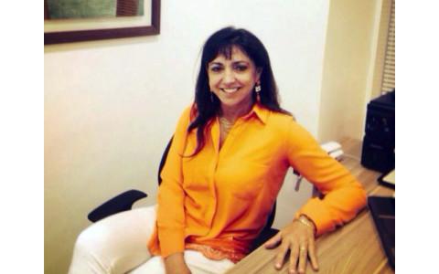 Dra. Carmem Cristina Loureiro