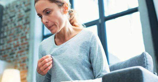 5 sintomas que marcam o início da menopausa