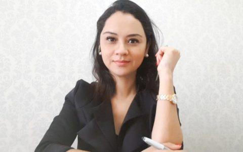 Camila Ferraz